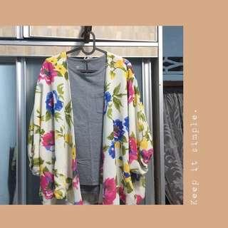 Floral Cardigan CAN FIT TILL XL (price inc postage)