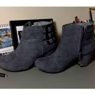 Fall Boots w/Heel (Dusty Grey)