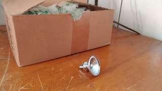🚚 一盒鋅製圓頭造型抽屜把手—銀色
