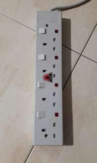 4 Way Extension Plug (+/- 3M)