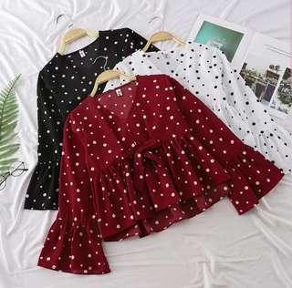 Polkadot top with 3/4 sleeves T03