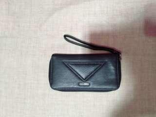 Roxy dompet