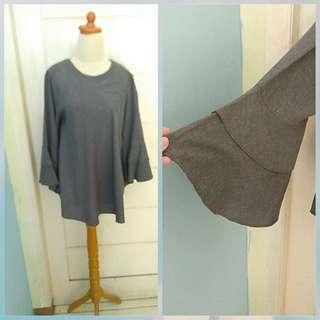 Grey bell sleves blouse