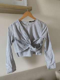 Mid belly button long sleeved top