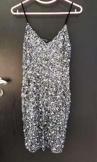 全新珠片裙