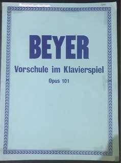 🚚 3 piano books : Beyer , Schmitt, John Thompson's