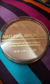 RIMMEL Natural Bronzer -Sun Bronze