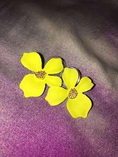 Anting Bunga