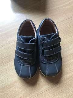 Preloved florsheim kids shoes