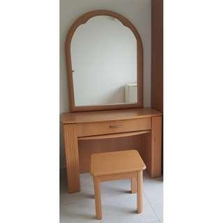 Dressing table and chair for sale