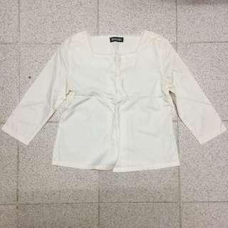 白色 上衣 斯文 番工