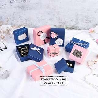[Pre Order] Custom made High Grade Jewelry Flannel Box Jewelry Earrings, Ring, Watch, Bracelet, Necklaces Packaging Gift Cardboard Paper Box (Not Real Price)