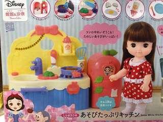 迪士尼妮妮沙奈玩具Bandai Disney snow white kitchen