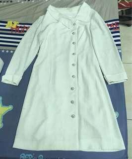 🚚 白色貴氣洋裝