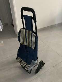 🚚 Shopping tri- trolley with three wheels