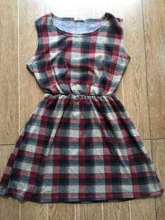 Paid Dress