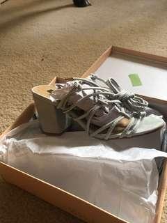 Billini Heels size 5/6
