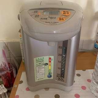 象印 3.0L 熱水瓶型號:JUF30