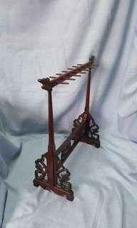 Calligraphy pen holder