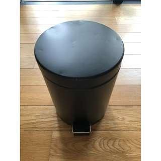 IKEA 'STRAPATS' Matt Black Pedal Rubbish Bin With Removable Inner Bucket! (Bin 2/2)