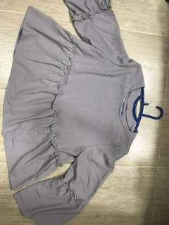 Grey long sleeves tops