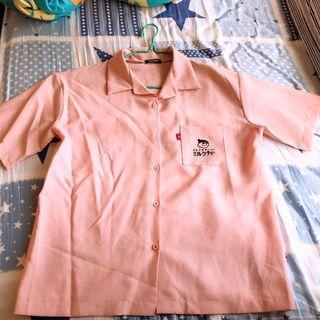 粉紅色短袖恤衫