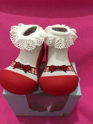 Attipas Baby Shoes size XL