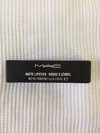 Mac lipstick 💄 Russian Red and Please me