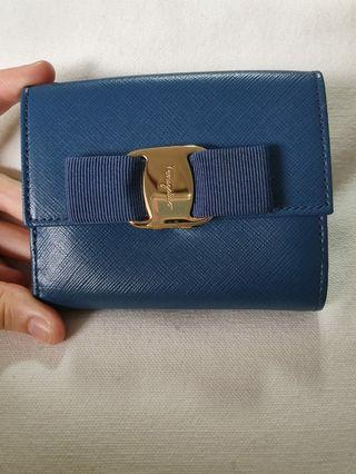 🚚 Authentic Ferragamo Wallet