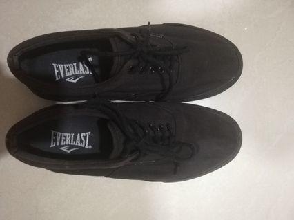 Everlast canvas shoe