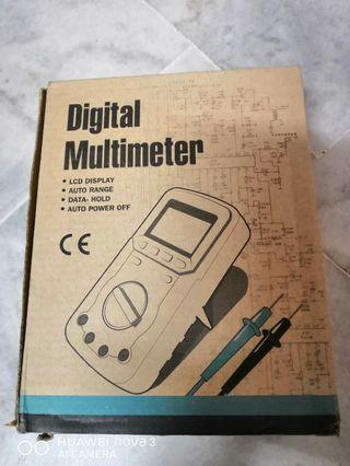 EMF Digital Multimeter: EM5511