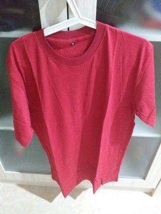 Baju polos merah