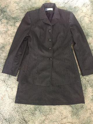 Pier a terra 14 pinstripe jacket and skirt suit