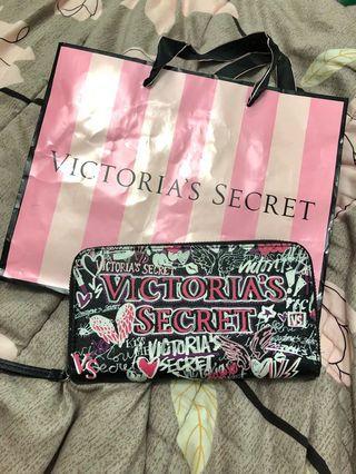 New! Victoria Secret Wallet