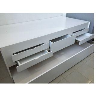 RUSH SALE SINGLE DAY BED