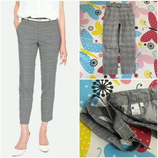 GU UNIQLO Belted Check Tapered Pants (Gray S)