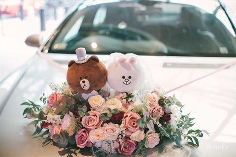 Floral decoration for wedding car (stuff toys exclusive)