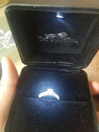LEO DIAMOND RING