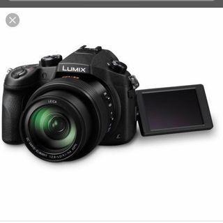 Panasonic Lumix Fz1000 Used with 3 original batteries Bridge Camera Super Zoom