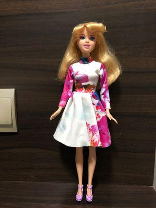 🚚 Barbie Doll / doll