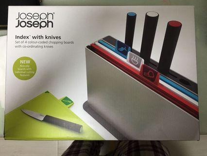 Joseph Joseph Index with Knives 砧板連刀 不議價