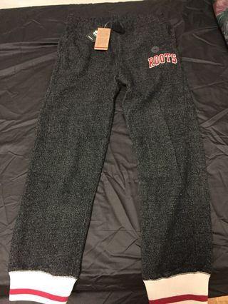 BNWT Roots sweatpants