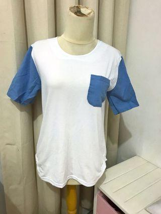 Kaos white and blue t-shirt