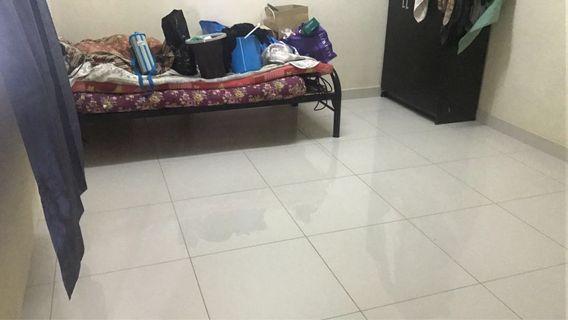 PV2 room for rent sewa Lrt taman melati Female