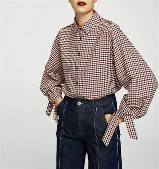 Red checked knot cuff shirt