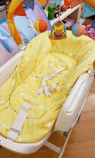Combi JOY highchair 兒童餐椅 高椅 嬰兒搖床