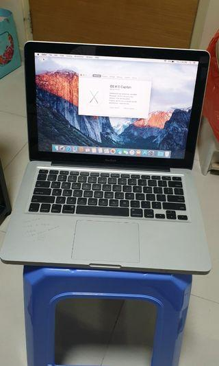 #04 MacBook Pro late 2008 C2D 2.4GHz 4GB 320GB HDD