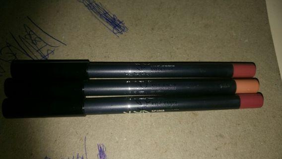 Kylie cosmetic - lip liners