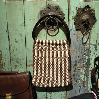 早期手工編織提包