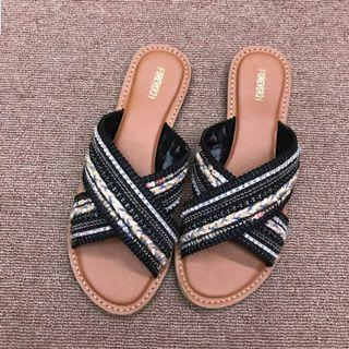 Leryn Bohemian Cross Sandals
